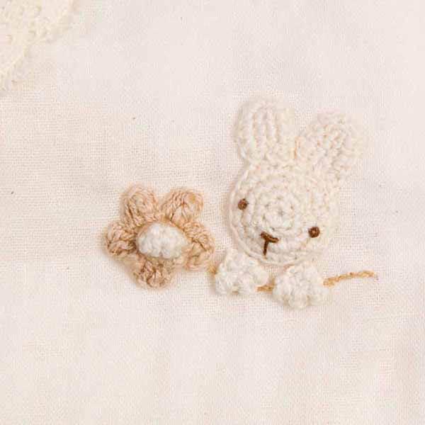 丁寧な編みモチーフ
