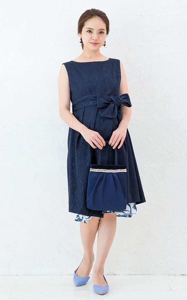 おしゃれなデザインのマタニティドレス