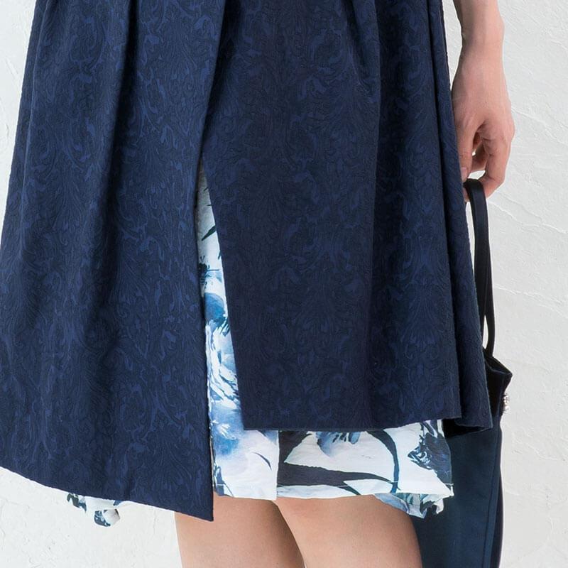 アシンメトリーの裾が美しいデザインワンピース