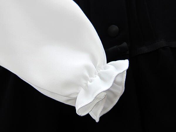 お袖がくしゅっとかわいいデザイン