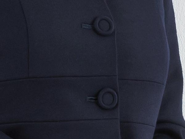 清楚な包みボタン
