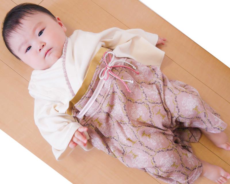 ダマスク柄の袴がおしゃれな和風カバーオール