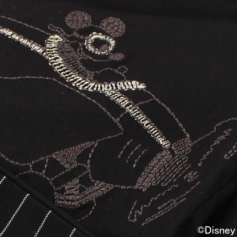 ミッキーの短編アニメーション制作時、実際にアニメーターが描いた原画「モデルシート」を使用したデザイン