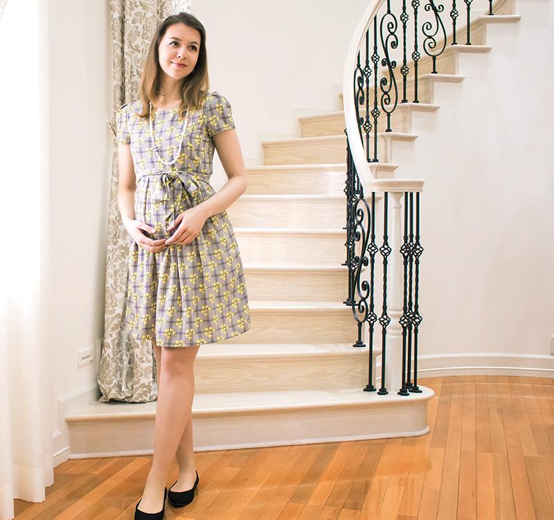 妊娠中もきれいにご着用いただけるマタニティワンピース