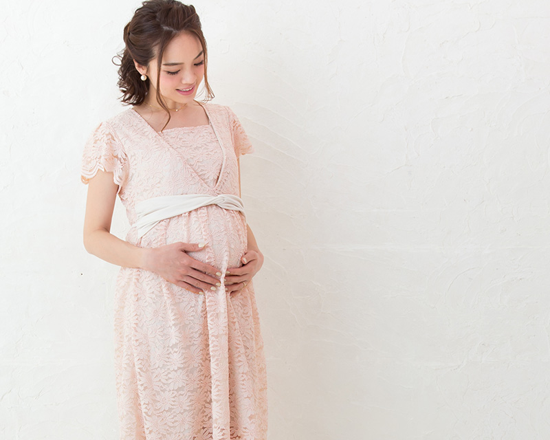 妊婦さんのおなかも気にならないマタニティワンピース