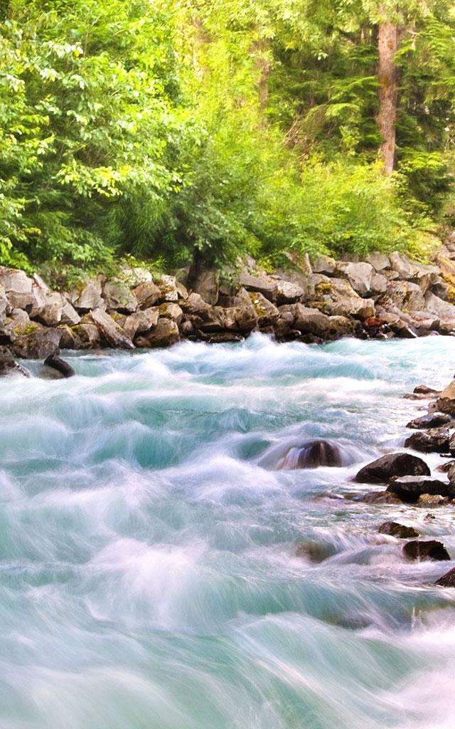 今治にある美しく良質な水を用いてタオル