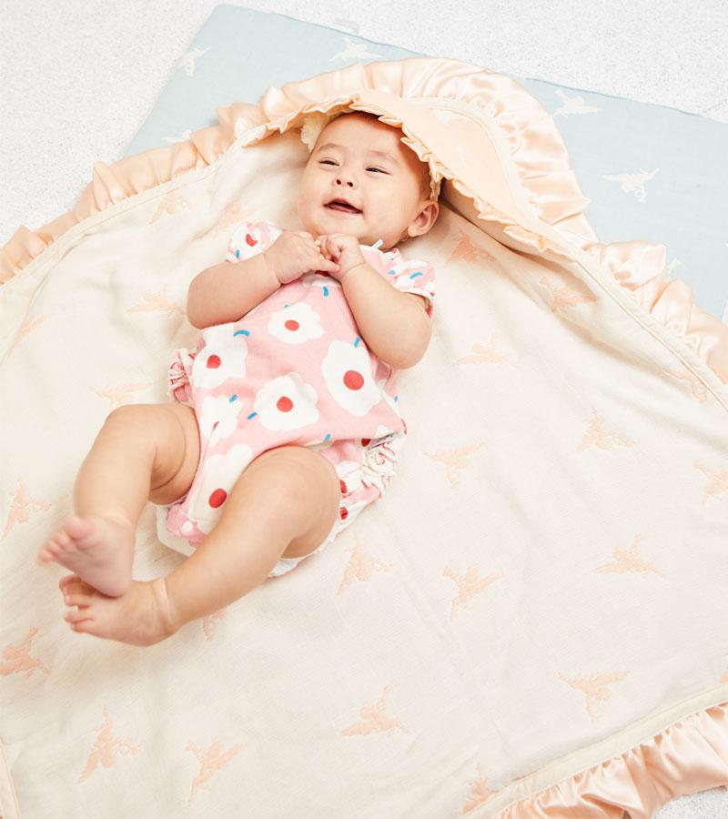 赤ちゃんも自然と笑顔に