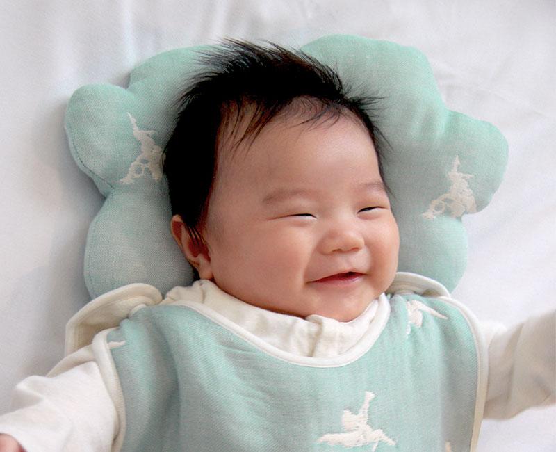 赤ちゃんの頭にしっかりフィット
