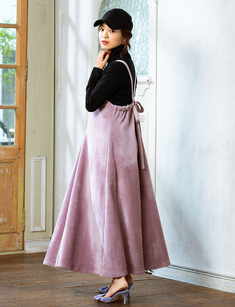 たっぷりフリルのスカート