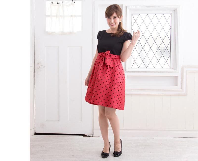 上品でかわいい!異素材MIXがポイントの授乳服ドレス