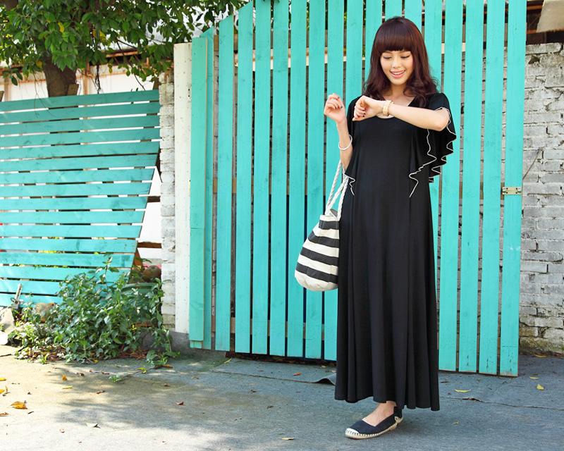 袖のフリルがかわいい授乳服マキシワンピ