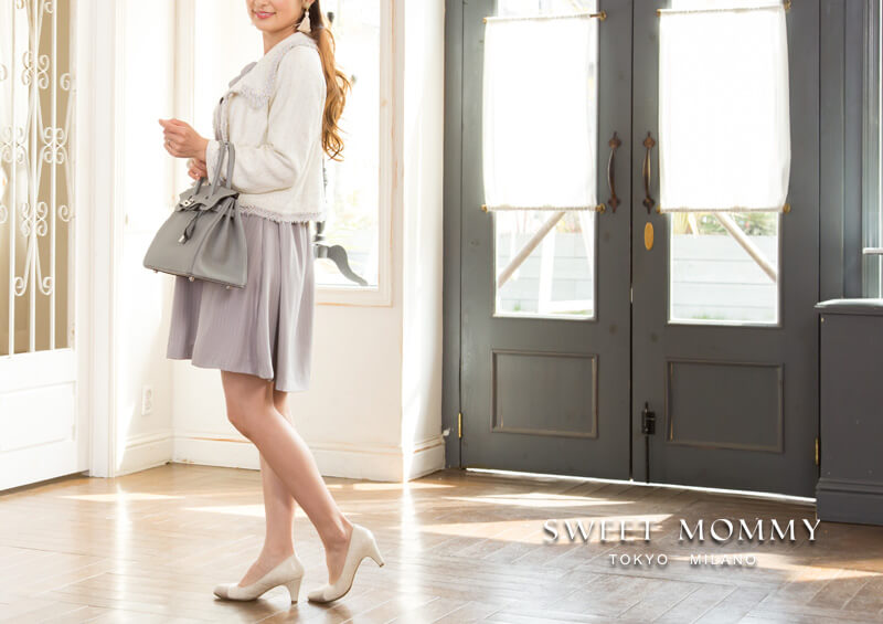 授乳服とマタニティウェアのスウィートマミーがおすすめするリボンデザインがかわいいおしゃれな授乳服ワンピース