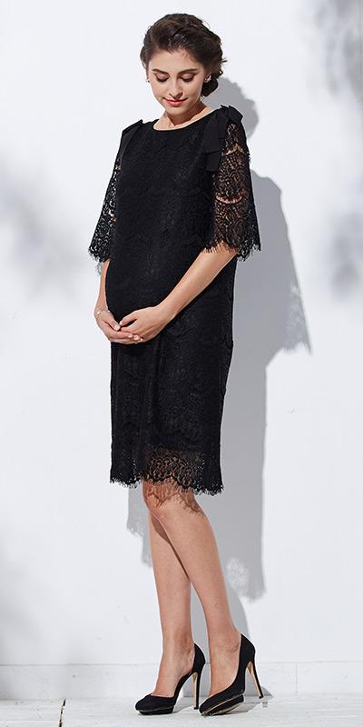 美しいドレスでも授乳がらくらく