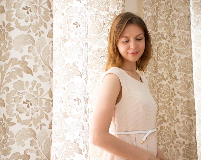 優しい雰囲気の授乳服ワンピース