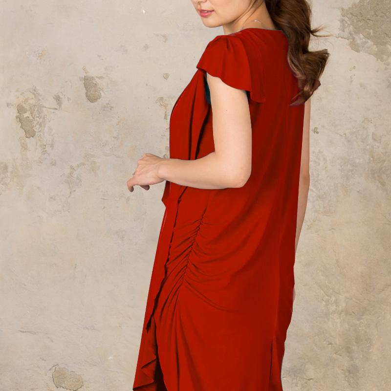 ギャザーが美しいマタニティドレス