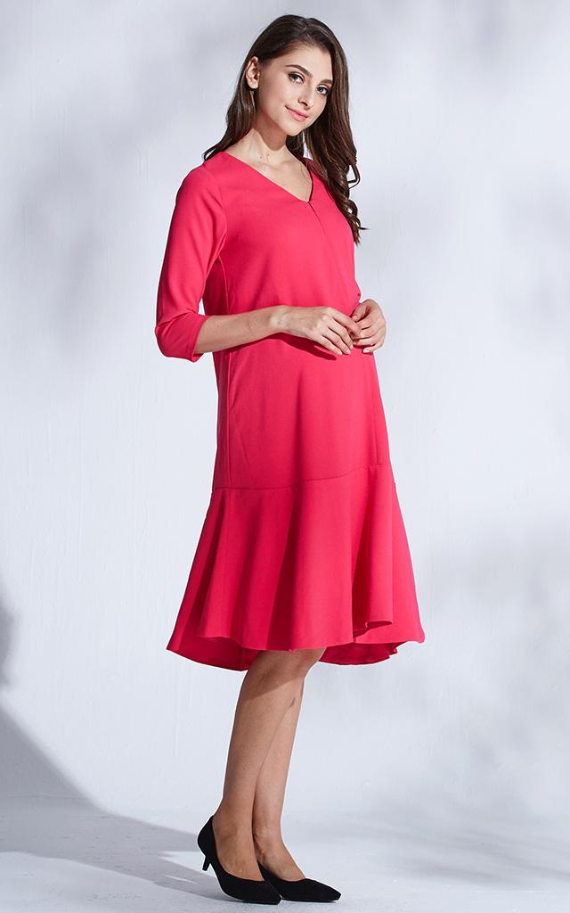 妊婦でも大人かわいいドレス