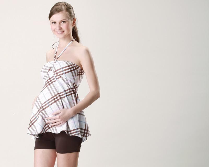 産前から産後まで穿けるマタニティ水着