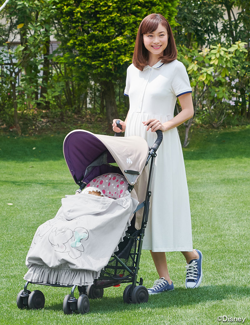 ディズニー 授乳ケープ 紫外線対策で赤ちゃんとお出かけ ベビーカーイメージ