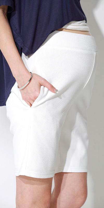 マタニティハーフパンツのマタニティ着用イメージ