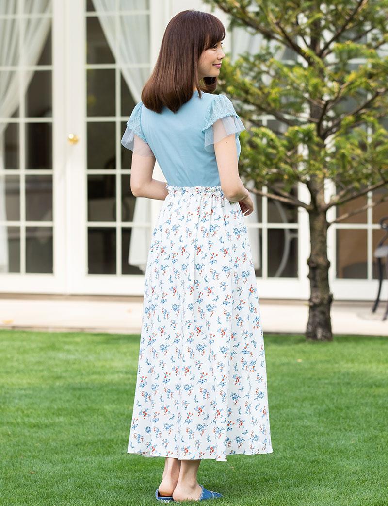マタニティスカート モデル全身 バックスタイル