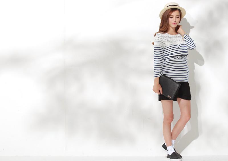 レース&ボーダーの授乳Tシャツのショートパンツコーデ