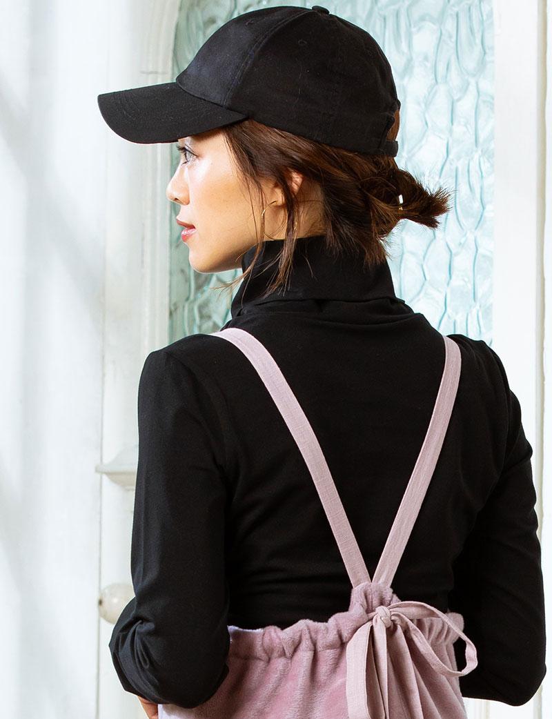 しっかりした襟、きれいなバストライン、インナーっぽ過ぎないデザイン