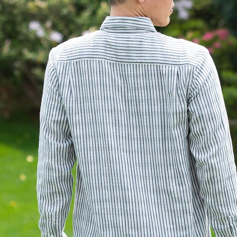 ホワイトストライプシャツ バックイメージ